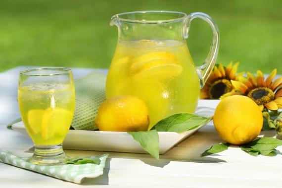 а. лимонно-содовая диета
