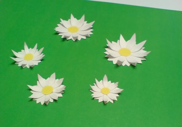 а. открытка с ромашками на 8 марта 7