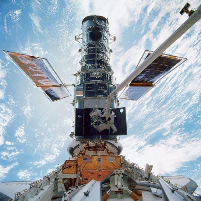 телескоп хаббл hubble
