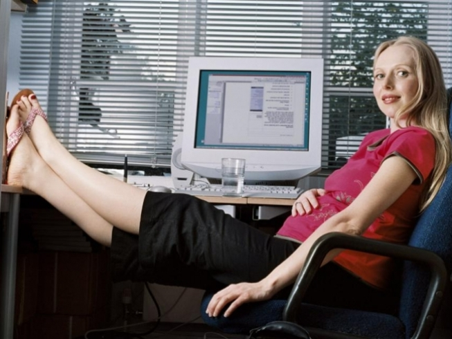 а. можно ли работать за компьютером беременной