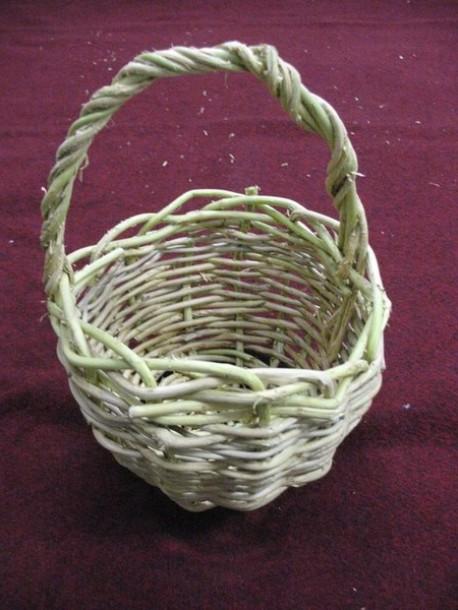 pletenie-korzin-iz-lozy-2