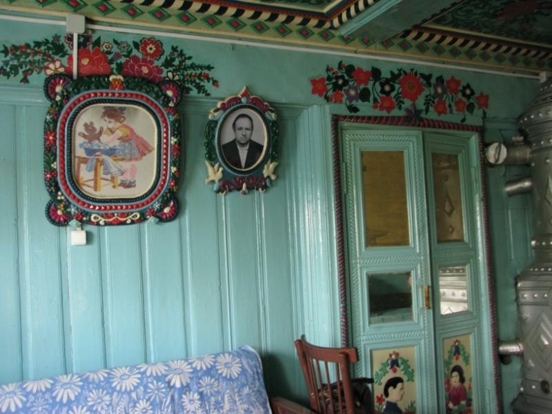V-dome-kuznetsa-Kirillova-vnutri-doma-6