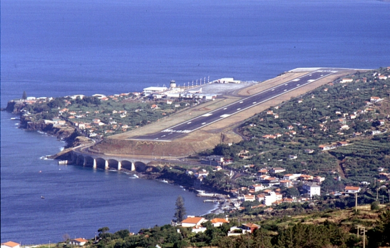 Aeroport-Madejry-Portugaliya