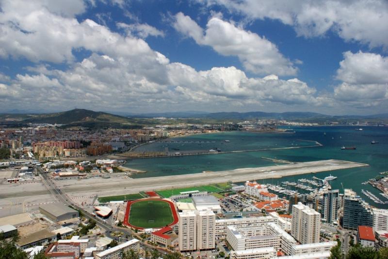 Gibraltarskij-mezhdunarodnyj-aeroport