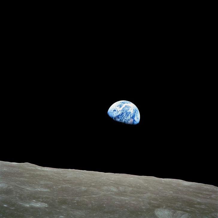 kak-vyglyadit-zemlya-iz-kosmosa-vid-s-luny