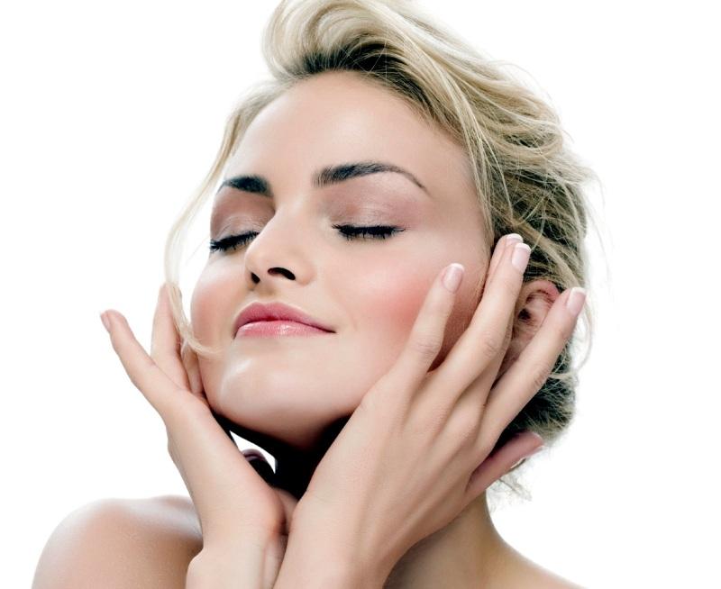Kak-pravilno-uhazhivat-za-kozhej-litsa-sovety-kosmetologa-video