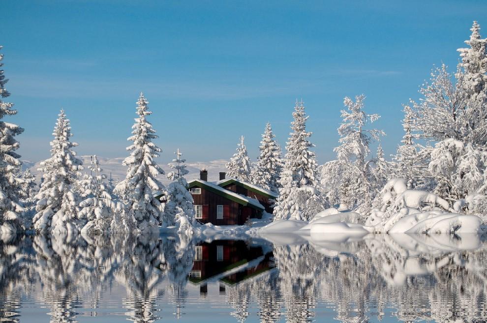 Blefell-Norvegiya.-Zimnij-pejzazh