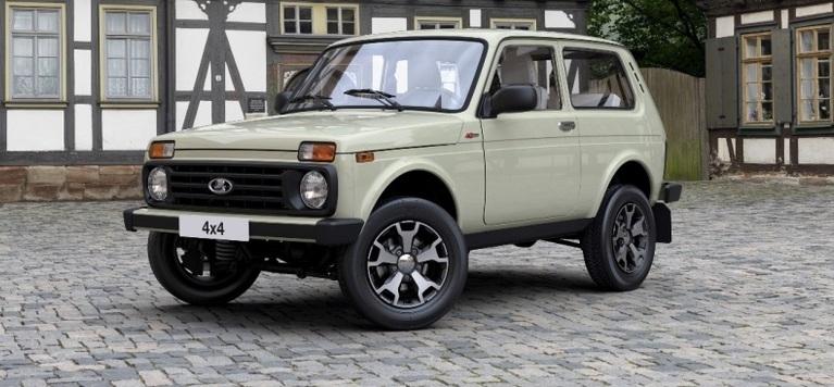 Lada-4x4-Niva-yubilejnaya-2017-tseny-harakteristika