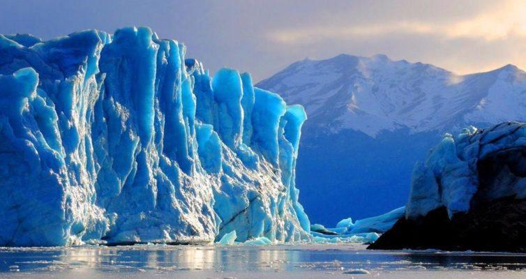 pochemu-v-Antarktide-otkololsya-gigantskij-ajsberg-mnenie-eksperta
