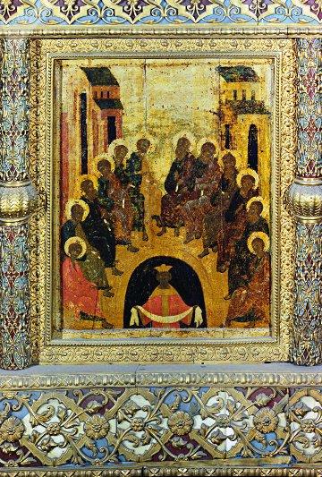 gadaniya-primety-obychai-i-traditsii-na-duhov-den-ikona-soshestvie-svyatogo-duha