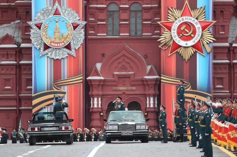 День Победы - отмечается 9 мая