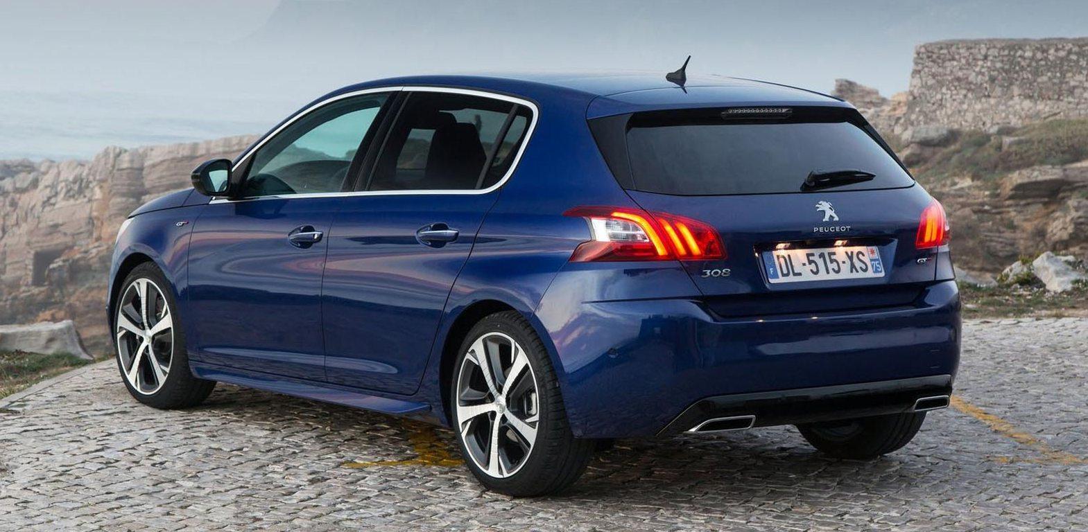 samye-ekonomnye-avtomobili-po-rashodu-topliva-Peugeot-308-35-litra-na-100-km...