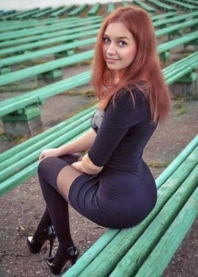 krasivye-devushki-v-letnih-platyah-57