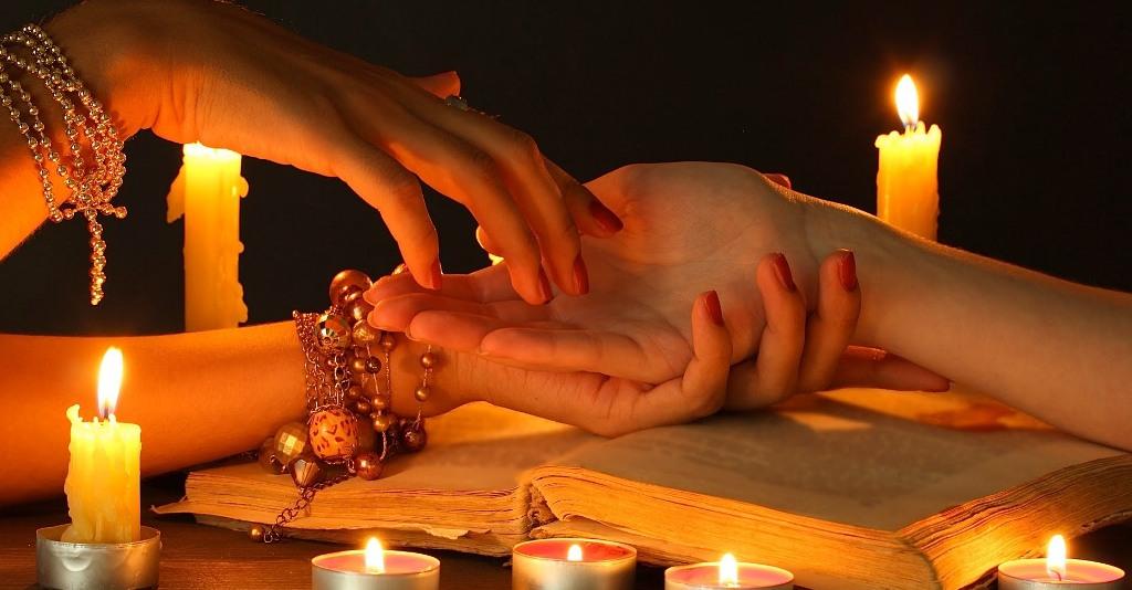 Test-seans-hiromantii-gadanie-po-ruke-projdite-sest-i-uznajte-chto-oznachayut-linii-na-vashej-ruke