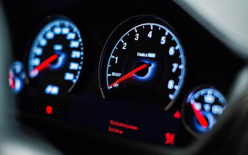 Test-ugadaj-avtomobil-po-pribornoj-paneli-foto...