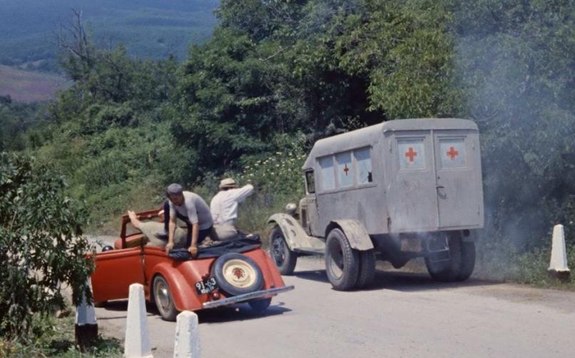 Kino-Avto-Test-ugadaj-sovetskie-filmy-po-avtomobilyu-i-transportnomu-sredstvu-Kavkazkaya-plenitsa