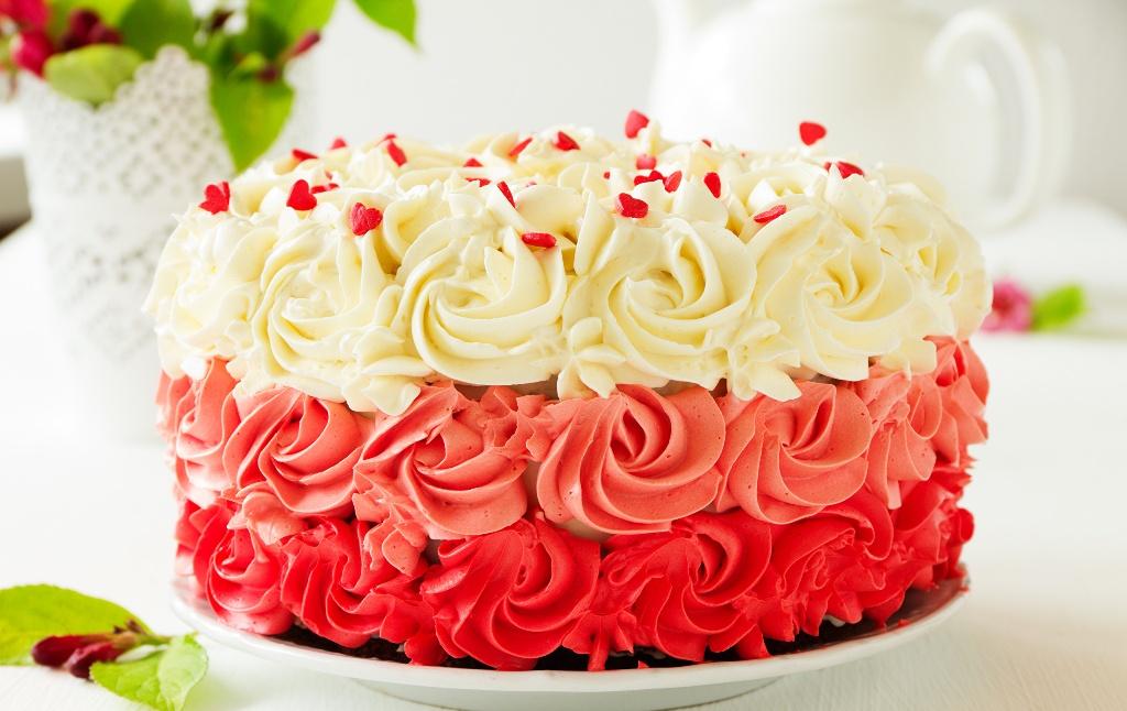 Sladkij-Konditerskij-Test-Proverte-naskolko-vy-horoshi-kak-konditer-foto-prazdnichnyj-krasivyj-tort