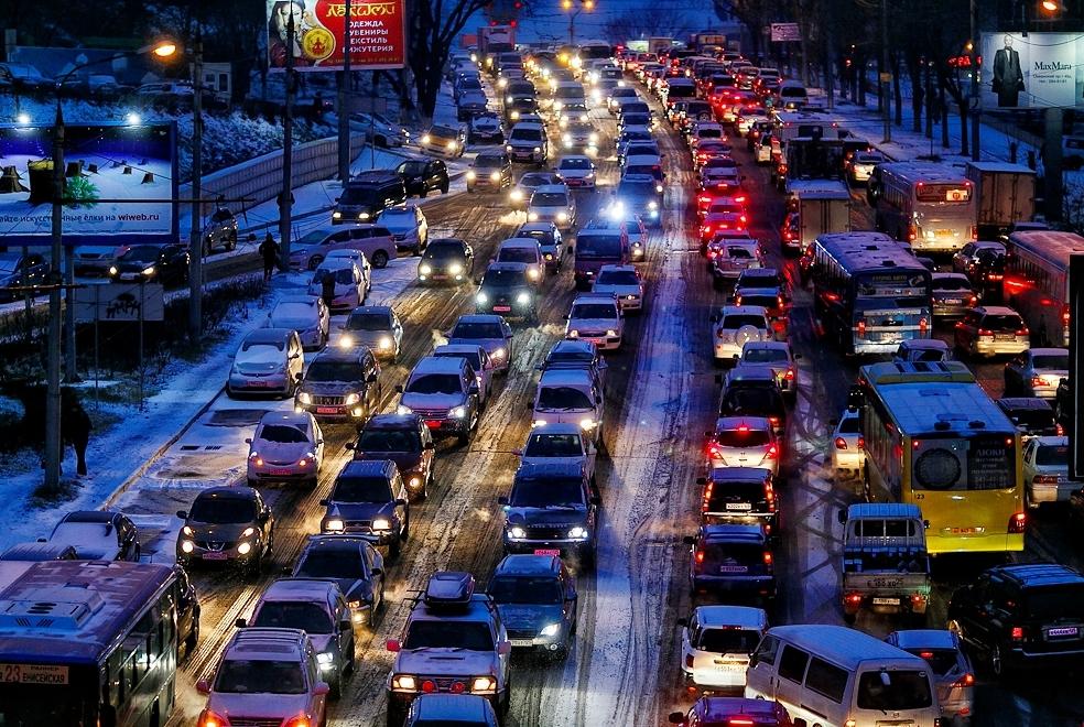 Test-Avtomobilnyj-Mir-Primorya-znaete-li-vy-chto-o-nem-11-voprosov-testa-o-mashinah-Vladivostoka-foto