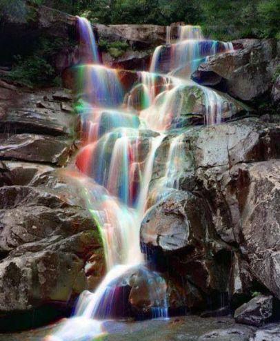 foto-zametki-samye-krasivye-pejzazhi-prirody-raduzhnyj-vodopad