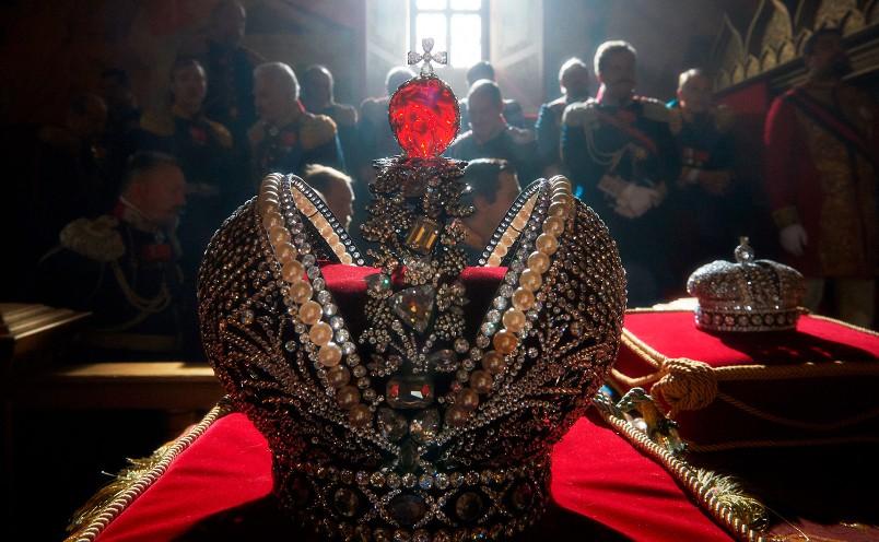 Test-ugadajte-monarha-i-stranu-kotoroj-on-pravil-foto-korona-Nikolaya-vtorogo