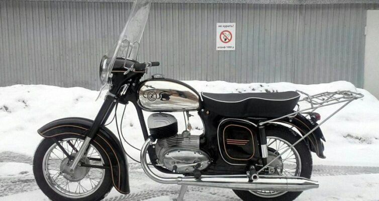 Test-mototsikly-i-mopedy-sovetskih-vremyon-ugadajte-kak-nazyvayutsya-vse-eti-modeli-mototsiklov-sssr-foto-moto-sssr-chezet-chernyj-