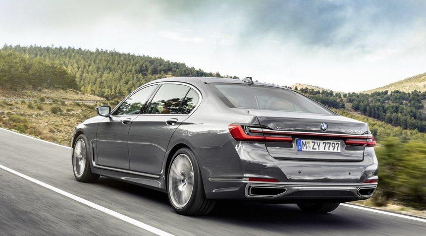 obzor-novogo-pokoleniya-BMW-7-Series-vypuska-2019-foto-vid-szadi