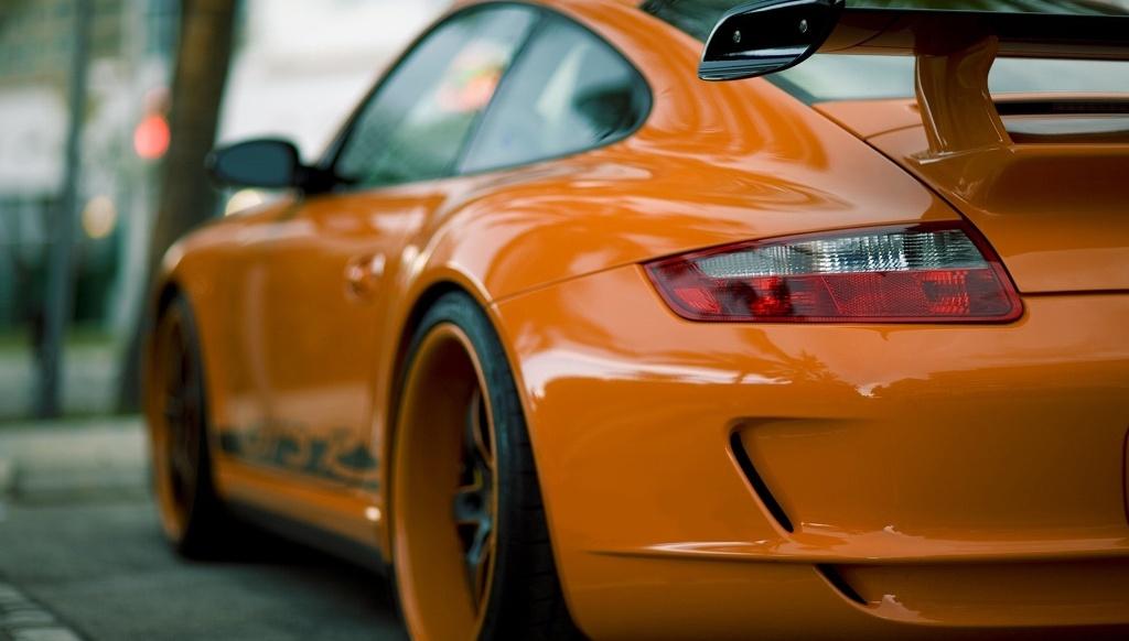 Test-dlya-lyubitelej-avtomobilej-ugadajte-chto-eto-za-avtomobili-po-ih-odnoj-chasti-na-foto-Porshe-911