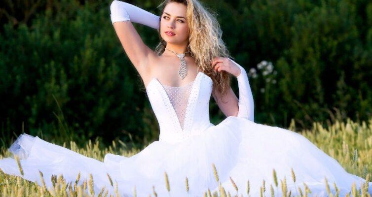 primety-i-poverya-o-svadebnom-plate-foto-nevesta-v-svadebnom-plate