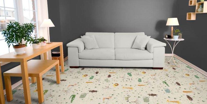 probkovye-poly-teplye-napolnye-pokrytiya-iz-naturalnogo-materiala-foto-probkovyj-pol-s-printovannym-dizajnom