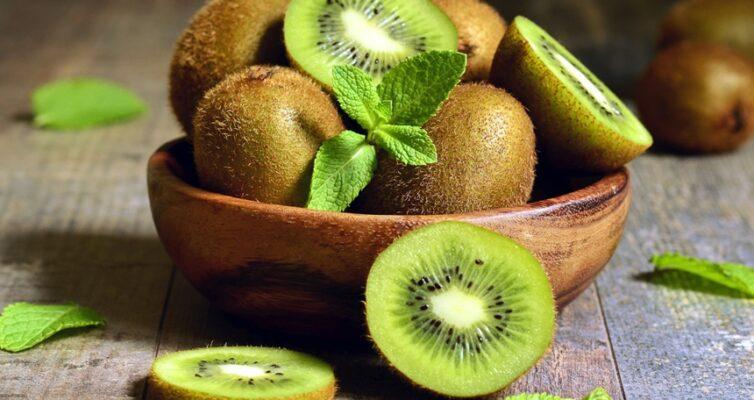 interesnye-fakty-o-poleznom-frukte-kivi-foto-frukty-kivi...