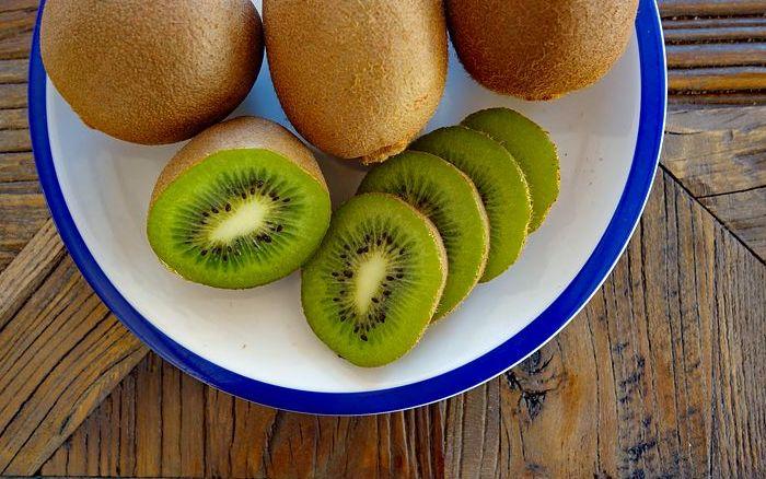 interesnye-fakty-o-poleznom-frukte-kivi-foto-frukty-kivi