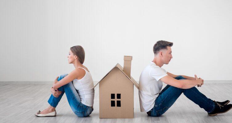 razvod-semejnyh-par-pri-vzyatoj-ipoteki-kto-vyplachivaet-ipotechnyj-kredit-mnenie-eksperta-foto-ipoteka-pri-razvode