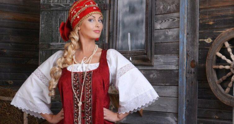 Test-russkie-zagadki-s-otvetami-no-poprobujte-ugadat-pravilnyj-otvet-sredi-otvetov-nevernyh-foto-starorusskaya-krasavitsa