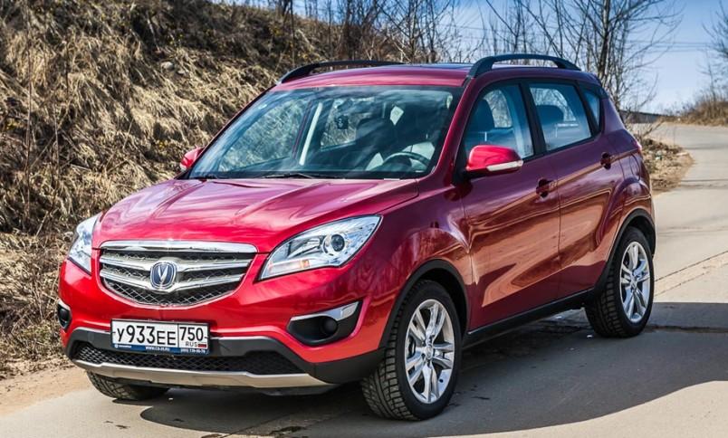 samye-populyarnye-kitajskie-avtomobili-v-Rossii-foto-avtomobil-changan-cs35-2019-god