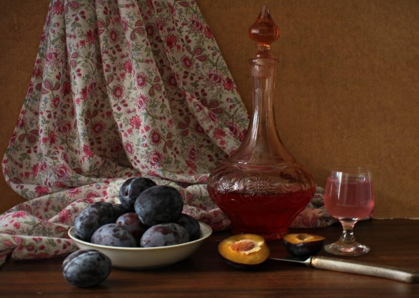 slivyanka-domashnee-vino-iz-sliv-retsept-prigotovleniya-vkusnoj-slivovoj-nalivki-foto-slivyanka-vino-iz-sliv
