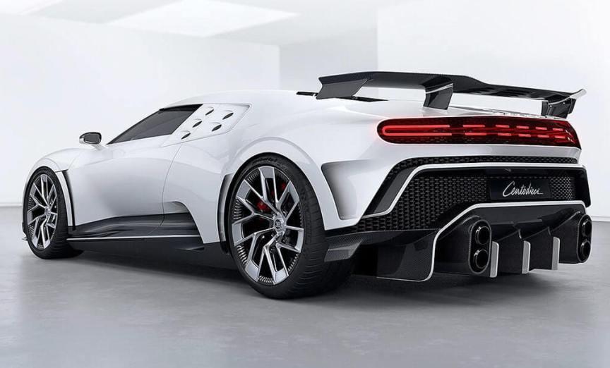superkar-ruchnoj-sborki-Bugatti-Centodieci-2020-foto-vid-szadi-harakteristika-avto-tsena