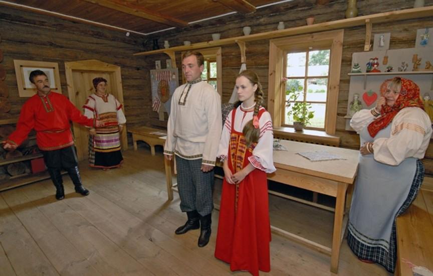 chto-takoe-svatovstvo-zachem-ono-nuzhno-i-kakovy-traditsii-foto-svatostvo-na-rusi-i-v-Rossii