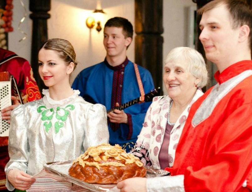 chto-takoe-svatovstvo-zachem-ono-nuzhno-i-kakovy-traditsii-foto-svatostvo-na-rusi