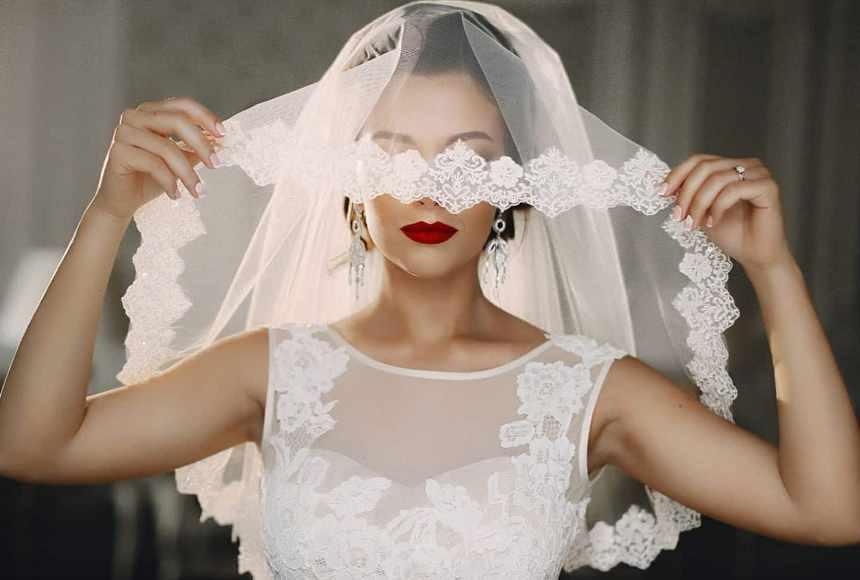 mozhno-li-prodavat-svadebnoe-plate-narodnye-primety-i-obychai-foto-nevesta-v-svadebnoj-fate