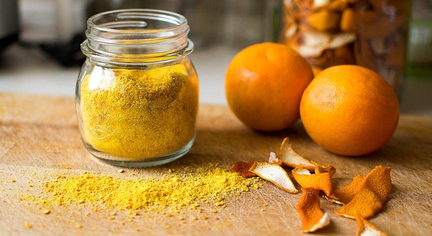 kozhura-limona-i-drugih-tsitrusovyh-5-poleznyh-alternativ-v-primenenie-foto-tsedra-mandarina