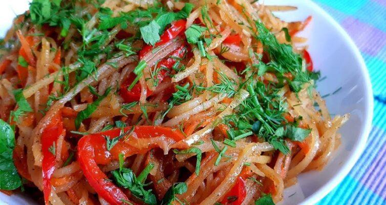 kartofel-po-tsyganski-nehitryj-retsept-vkusnogo-blyuda-s-pertsem-morkovyu-lukom-i-zelenyu