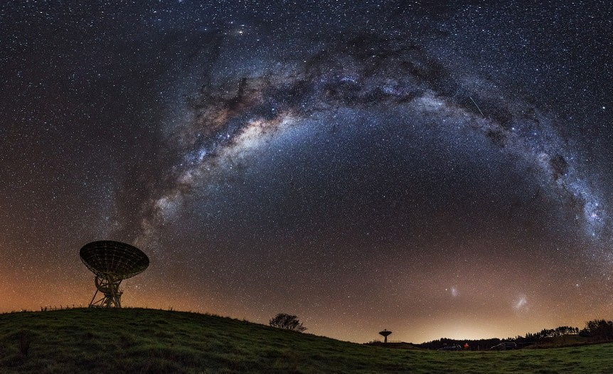 uchyonye-vpervye-obnaruzhili-kislorod-za-predelami-mlechnogo-puti-foto-galaktika-mlechnyj-put-i-teleskop