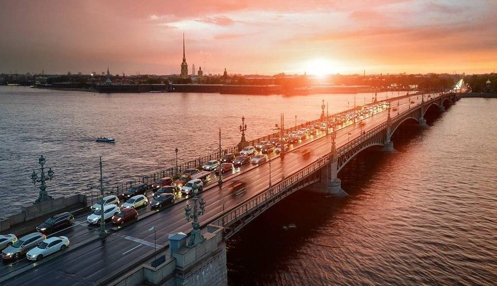most-primety-i-poverya-k-chemu-sny-svyazannye-s-mostom-foto-troitskij-most-sankt-peterburg