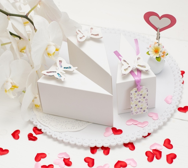 bumazhnaya-svadba-vtoraya-godovshhina-chto-darit-i-kak-otmechat-foto-podarki-na-bumazhnuyu-svadbu