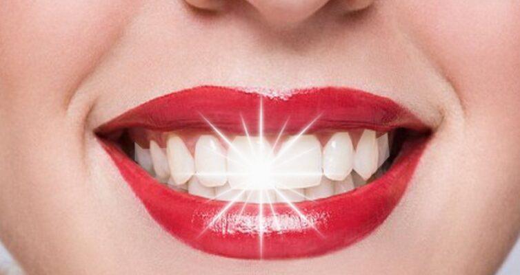 narodnye-primety-o-zubah-i-zubnoj-boli-foto-belosnezhnaya-ulybka-krasivye-zuby