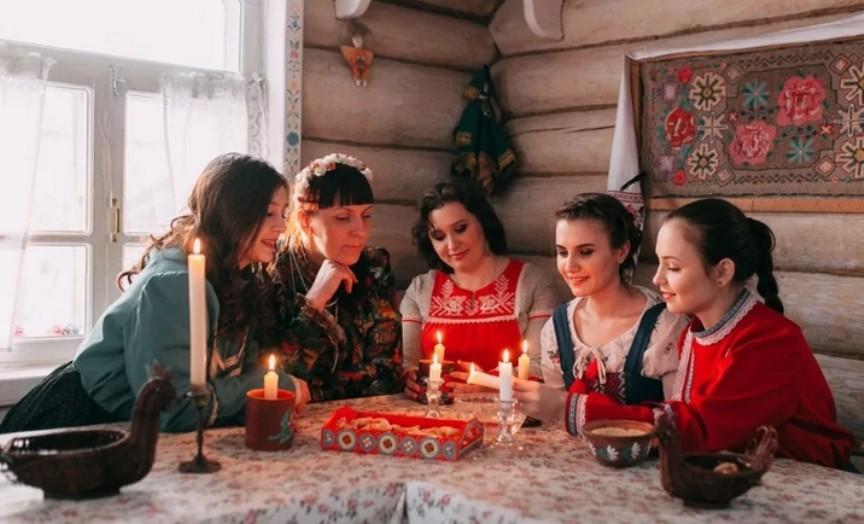 kreshhenskie-gadaniya-9-sposobov-gadat-na-kreshhenie-v-domashnih-usloviyah-foto-gadanie-na-kreshhenie