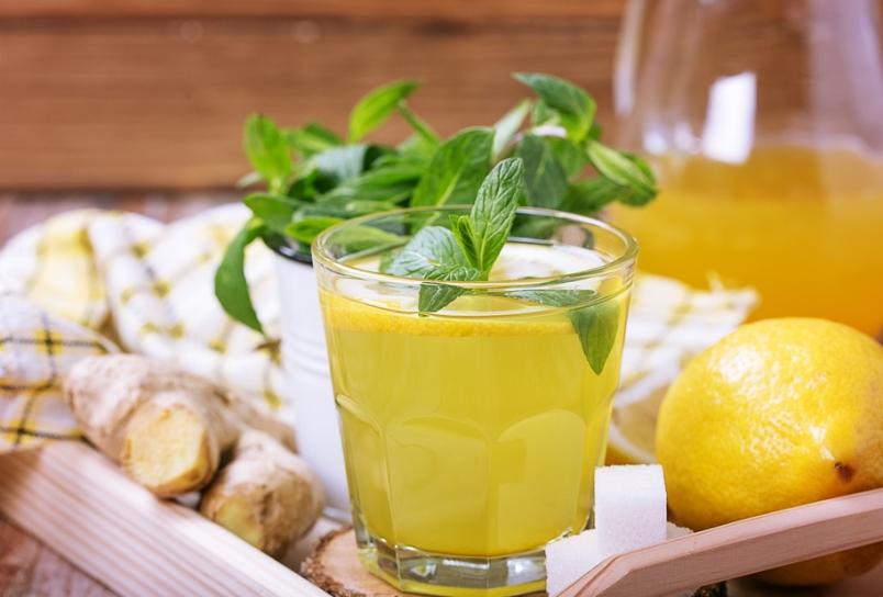 retsepty-naturalnogo-domashnego-limonada-pyat-raznyh-retseptov-kak-prigotovit-foto-s-myatoy-i-imbirem-limonad