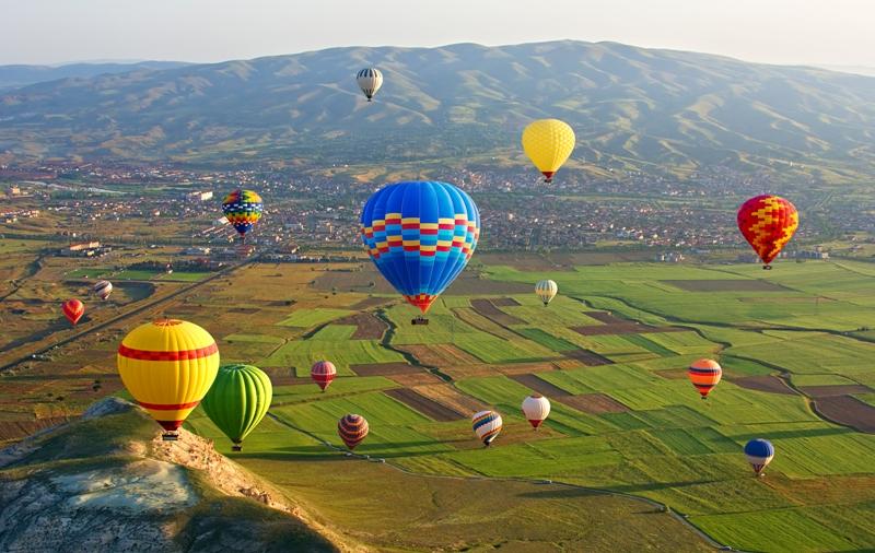 pochemu-turtsiya-tak-populyarna-sredi-otdyhayuschih-turistov-otzyv-foto-kappadokiya-vozdushnye-shary-Turtsiya