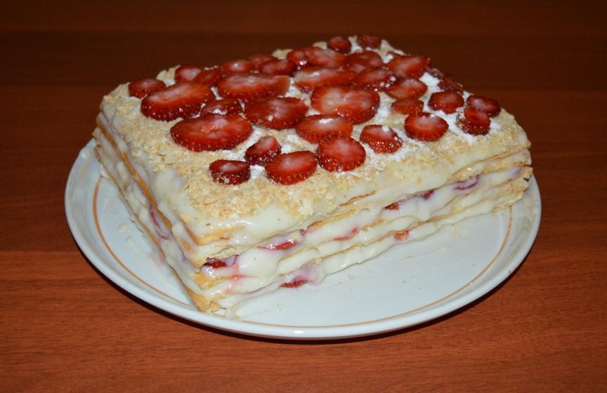 tort-klubnichnyy-napoleon-poshagovyy-retsept-prigotovleniya-foto-gotovyy-tort