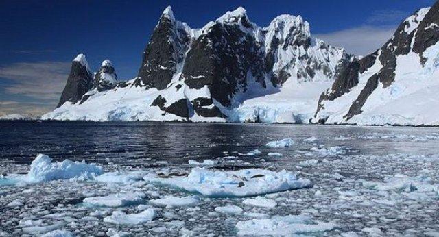 antarktida-i-antarktika-v-chyom-raznitsa-i-otlichie-foto-antarktika